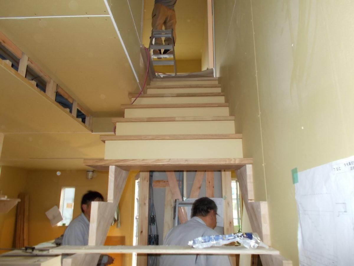 階段と云う舞台